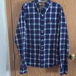Hollister Men's Button up shirt